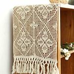 chemin-de-table-au-crochet-en-coton-moderne