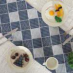 chemin-de-table-style-japonais-carreaux-bleu