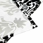 chemin-de-table-baroque-noir-et-blanc-ancien