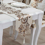 chemin-de-table-arabesque-dore-motif-or