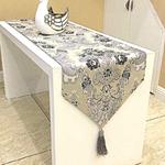 chemin-de-table-baroque-motifs-retro