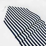 chemin-de-table-raye-bleu-marine-et-blanc-motifs