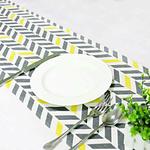 chemin-de-table-chevron-jaune-et-gris-fantaisie