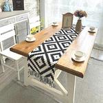 chemin-de-table-motif-geometrique-losange-noir-blanc