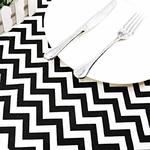 chemin-de-table-noir-et-blanc-zig-zag-motifs
