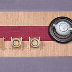 chemin-de-table-japonais-rouge
