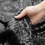 chemin-de-table-sequin-noir-paillettes