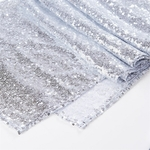 chemin-de-table-sequin-argent-brillant-moderne