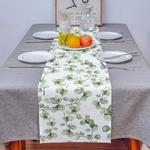 chemin-de-table-eucalyptus-feuilles-vertes