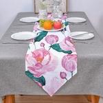 chemin-de-table-avec-des-roses-anniversaire