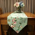 chemin-de-table-floral-tissu