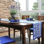 chemin-de-table-arabesque-bleu-ensemble