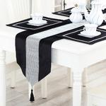chemin-de-table-strass-velours-noir
