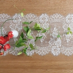 chemin-de-table-mariage-dentelle-blanc