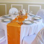 chemin-de-table-satin-orange