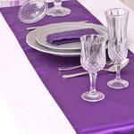 chemin-de-table-en-satin-violet