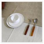 chemin-de-table-en-lin-naturel-beige