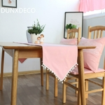 chemin-de-table-bapteme-rose-pompon