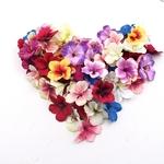 petales-de-fleurs-artificielles-bouquet-mariage-table
