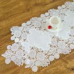 chemin-de-table-dentelle-blanc-fleur-mariage