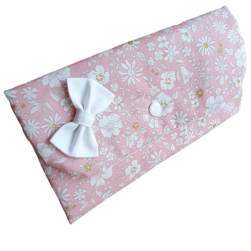 Porte barrettes rose fleur blanche
