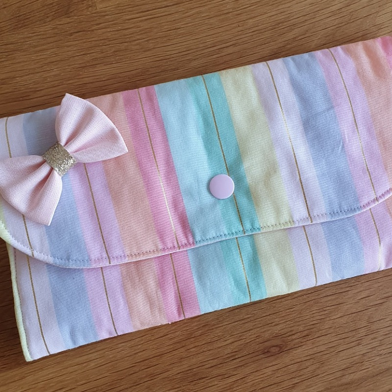 Porte barrettes motif rayure et or lurex