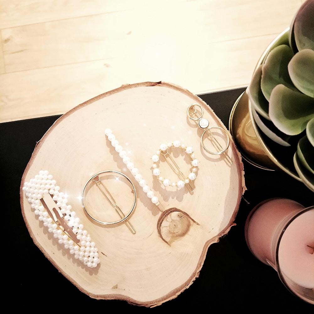 Barrettes dorées avec perles 1