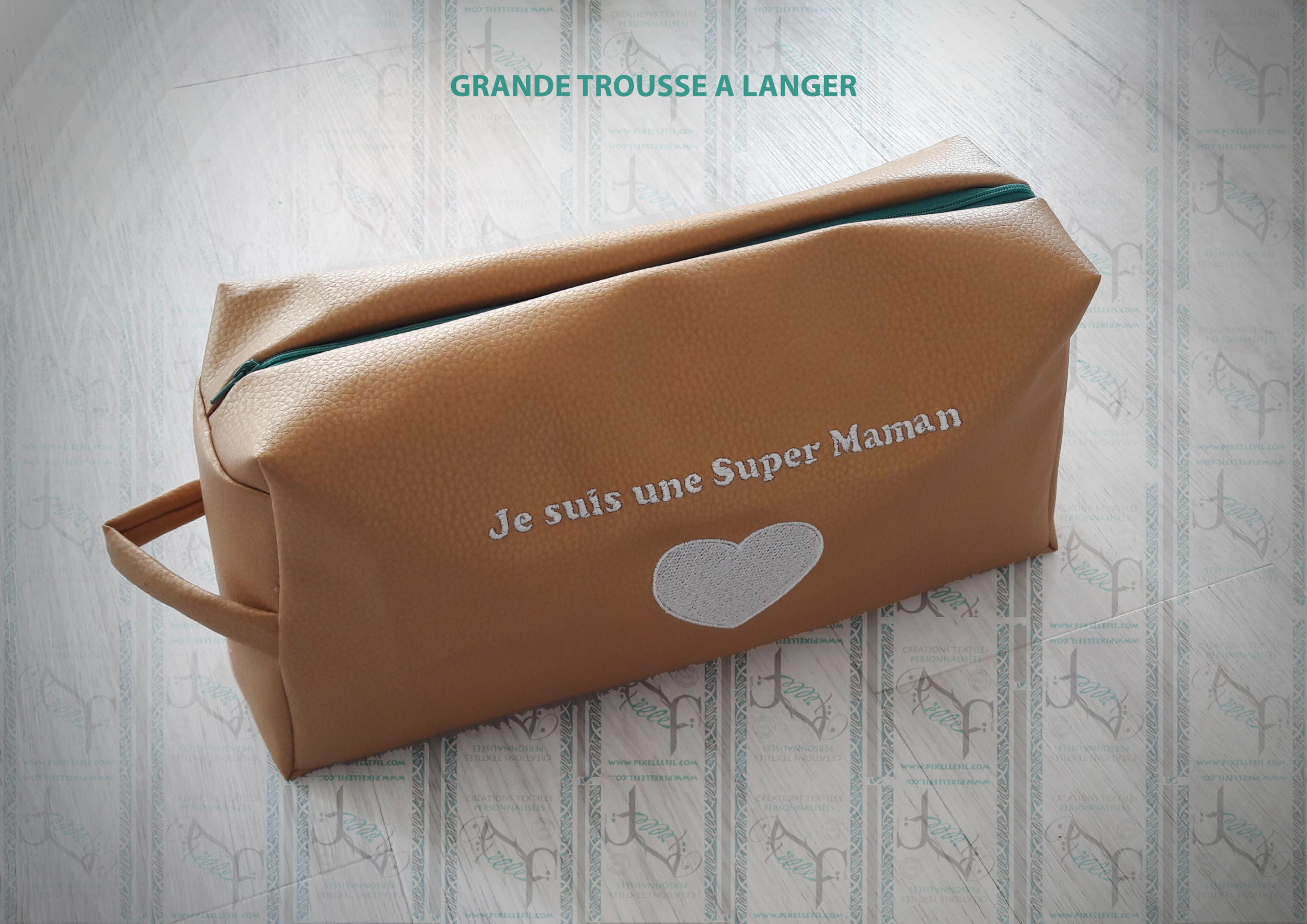 TROUSSE A LANGER PERSONNALISEE