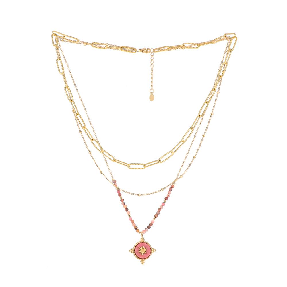 Collier doré trois rangs avec maille et pierres naturelles