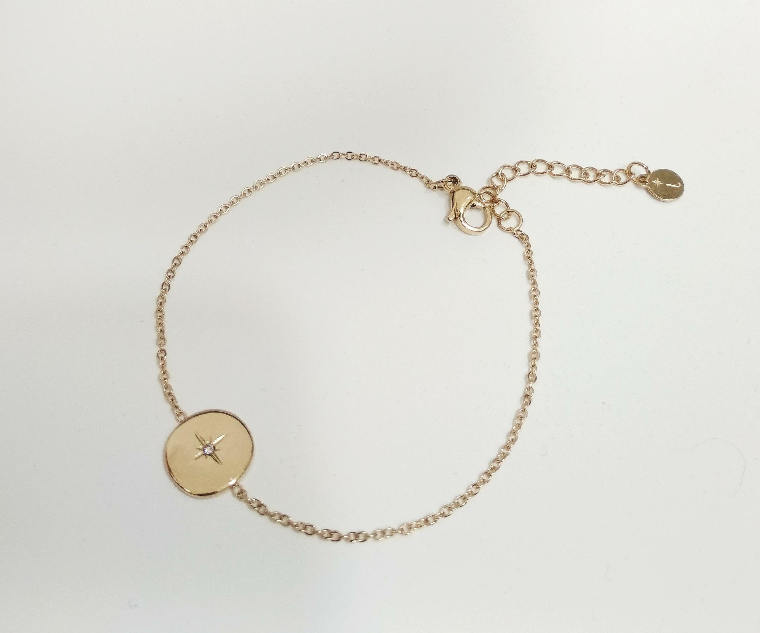 Bracelet chaîne avec étoile strass