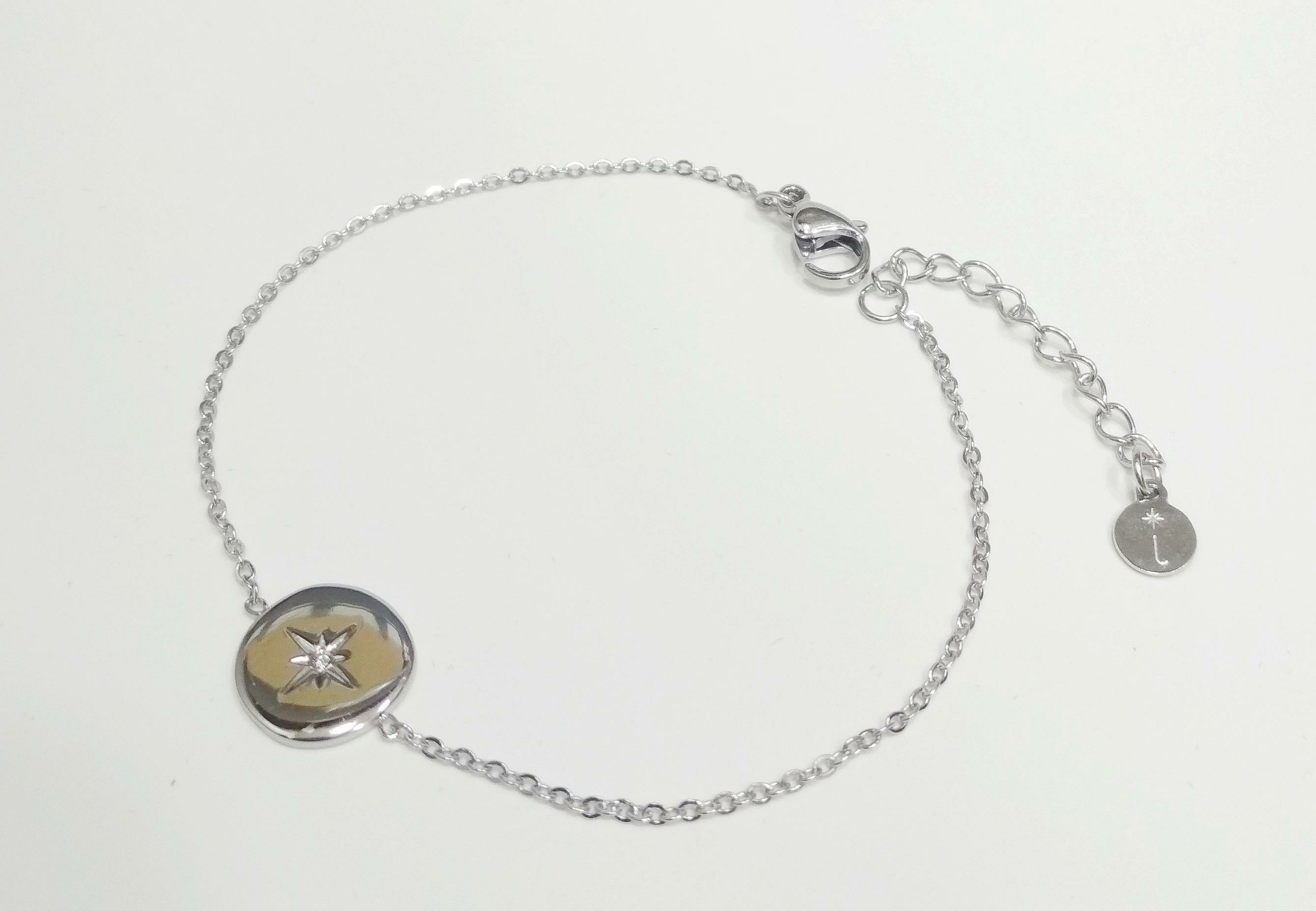 Bracelet argenté chaîne avec étoile strass