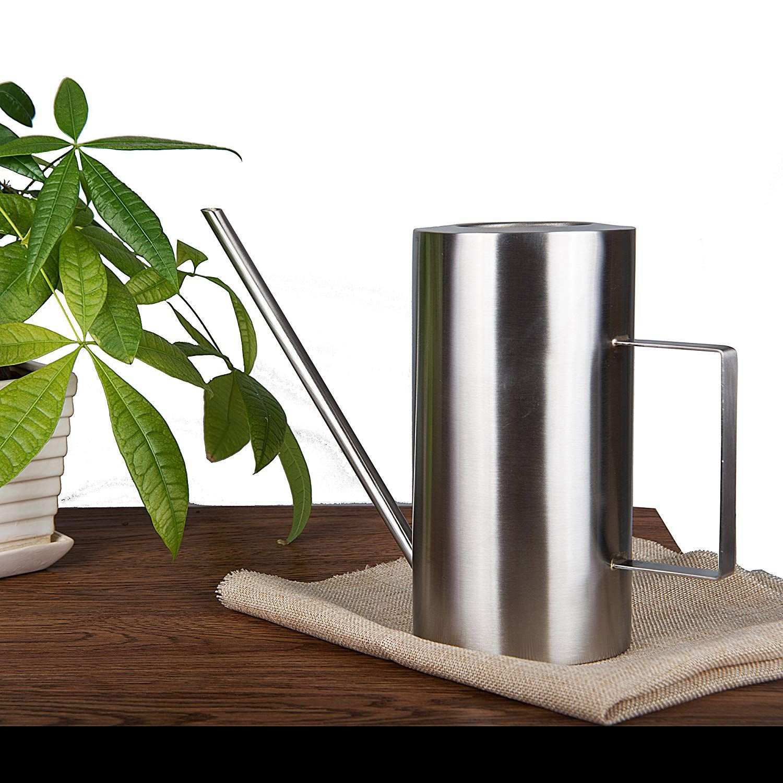 Arrosoir design acier