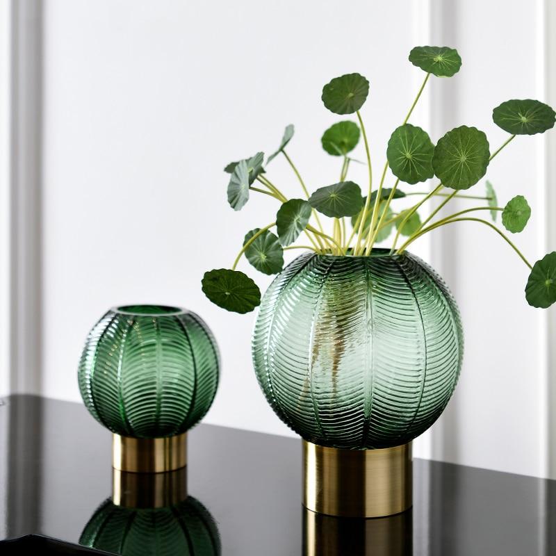 Vase vert émeraude ou gris taupe