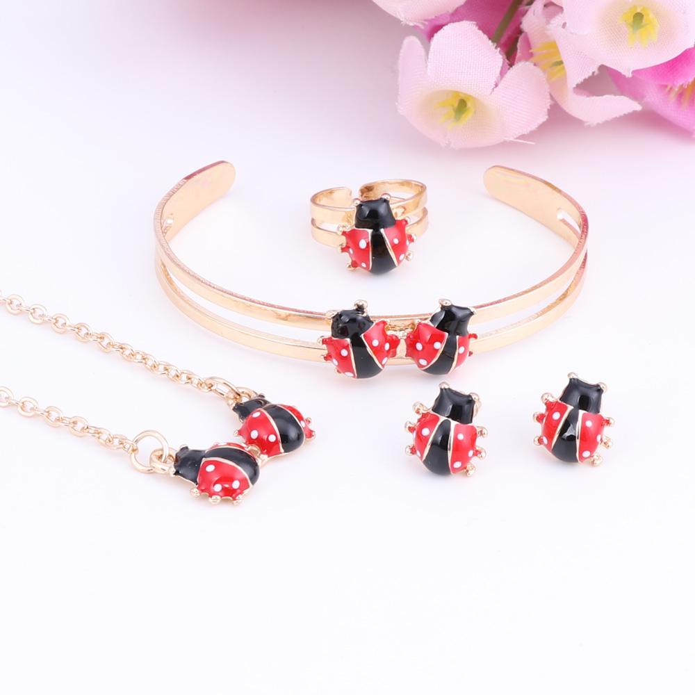 bijoux coccinelle fillette