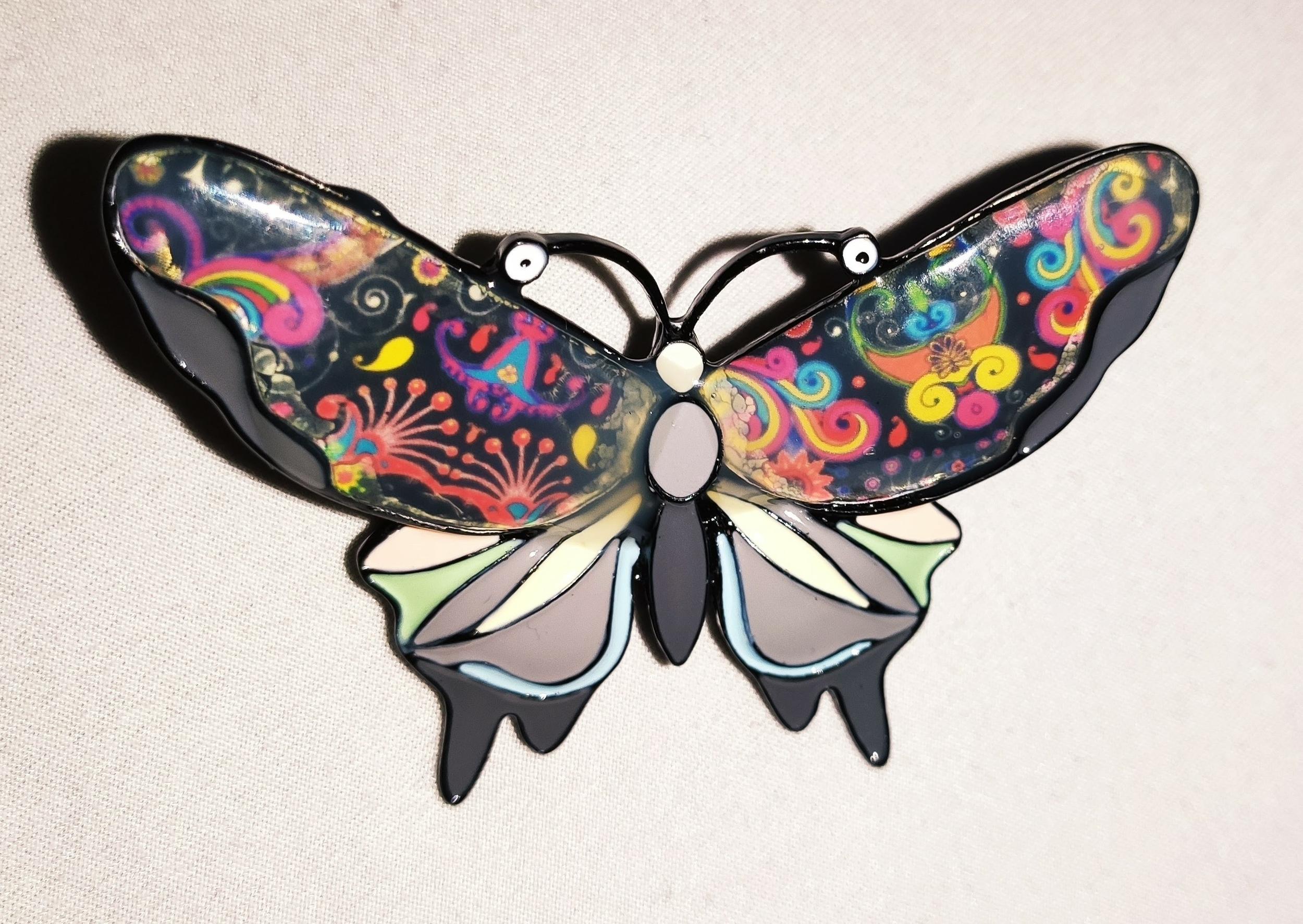 Broche papillon merveilleux