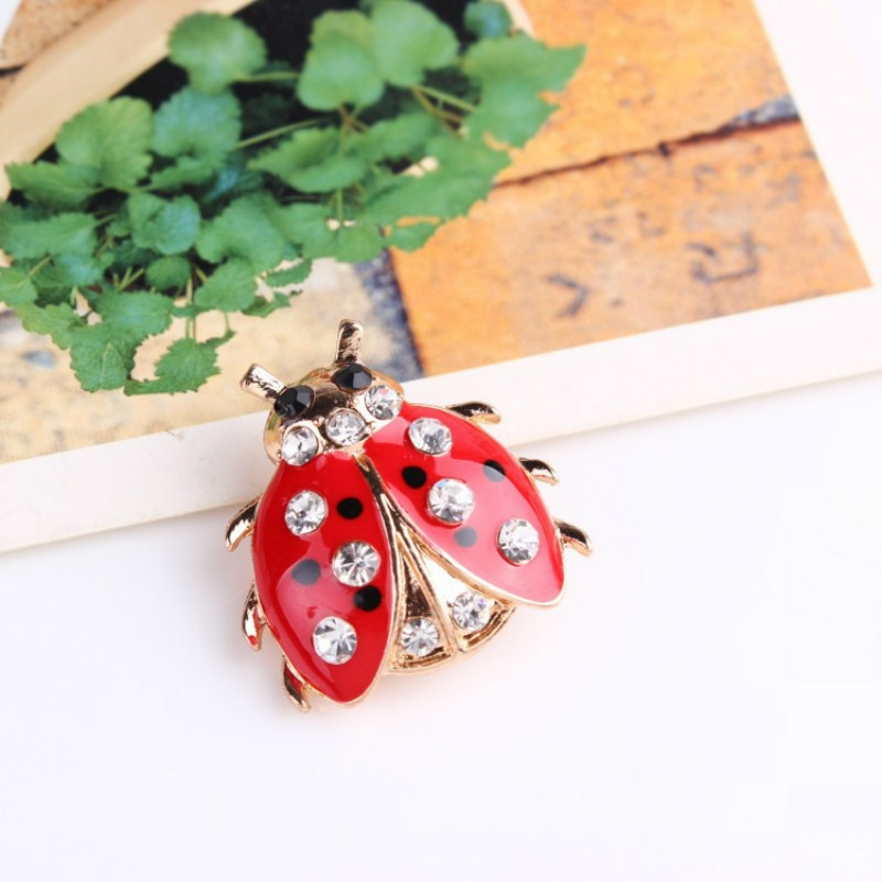 broche animal coccinelle email et strass