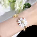bracelet abeille et marguerite