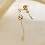 boucles fleurs asymetriques